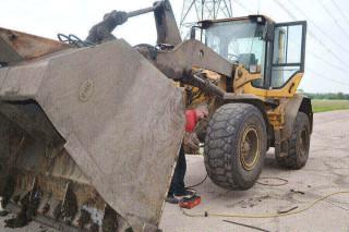 New dumper tyre