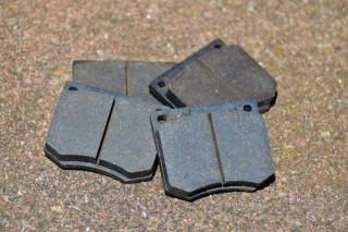 Breaking-pads